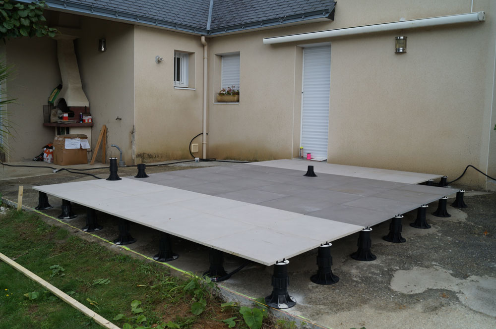 Poser du carrelage exterieur sur plot for Carrelage sur plots